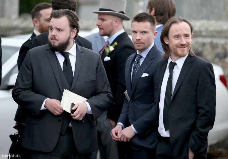 Még három színész a Trónok harcából: John Bradley, Joe Dempsie és Ben Crompton.