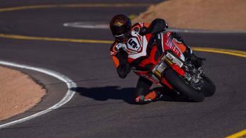 A Ducati neccesen, de behúzta a Pikes Peaket