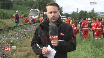 Kisiklott egy vonat Ausztriában, helikopterrel mentik a sérülteket