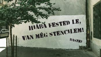 Újabb kamu-Banksy Orbán-graffitik jöhetnek