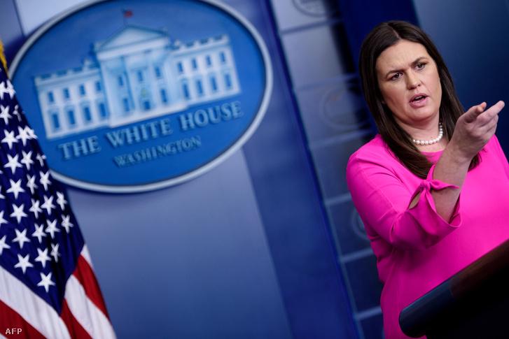 Sarah Huckabee Sanders egy minapi sajtótájékoztatón a Fehér Házban.