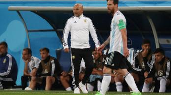 Az argentin kapitány Messitől kért engedélyt a cseréhez