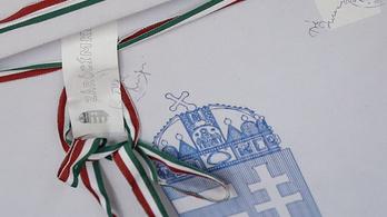 Egy csapásra leszámol a kamupártokkal a Fidesz