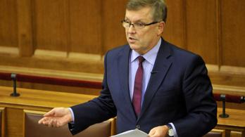 A költségvetési bizottság meghallgatná Matolcsyt a forintról