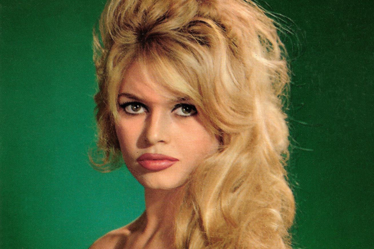 brigitte-bardot-83-eves-cover