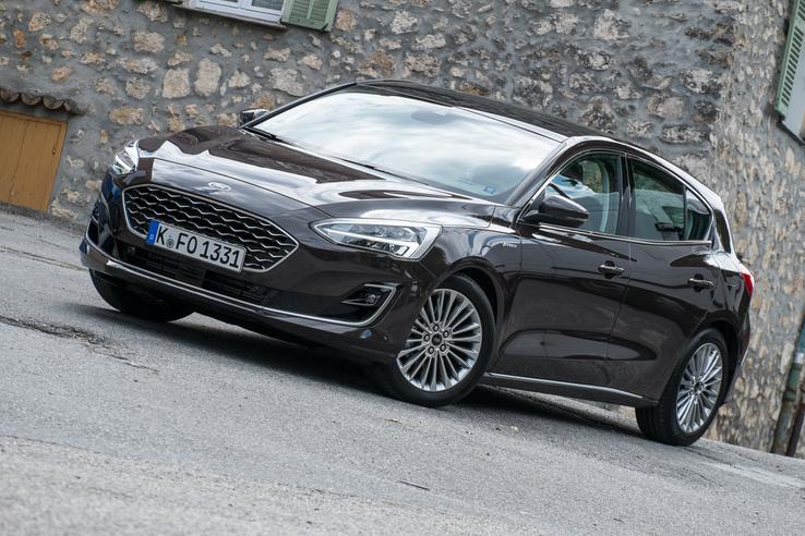 Csak nekem tűnik úgy, hogy olyan Mazda 3-asos lett a Focus?