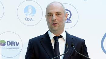Költségvetési csalással vádolták meg a kormánypropaganda kedvenc vállalkozóját