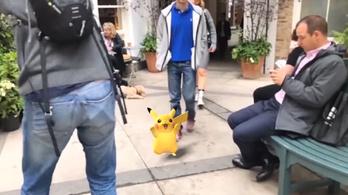Pikachu elszabadult, és az emberek közt mászkál