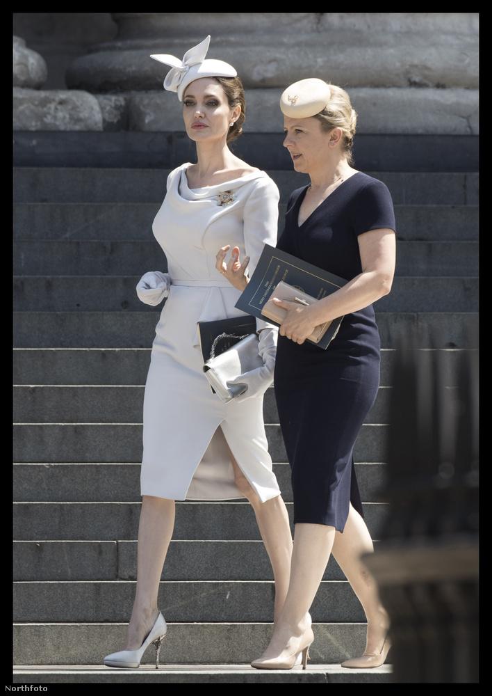 Angelina Jolive-val kapcsolatban az elmúlt években szinte csak azt lehetett hallani, mennyire le van fogyva és hogy épp hol áll a válása Brad Pittel