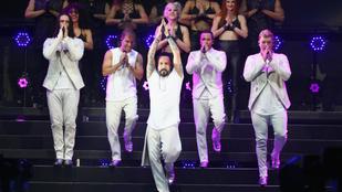 Csodálatos, ahogy Jimmy Fallon és a Backstreet Boys gyerekhangszerekkel előadja az I Want It That Way-t