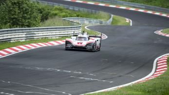 Három évtizedes rekordot döntött meg a Porsche a Zöld Pokolban