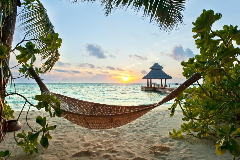 - A legkékebb víz, a legfehérebb homok és világ legszebb homokos fövenyei - ezek az érvek mind a Maldív-szigetek mellett szólnak.