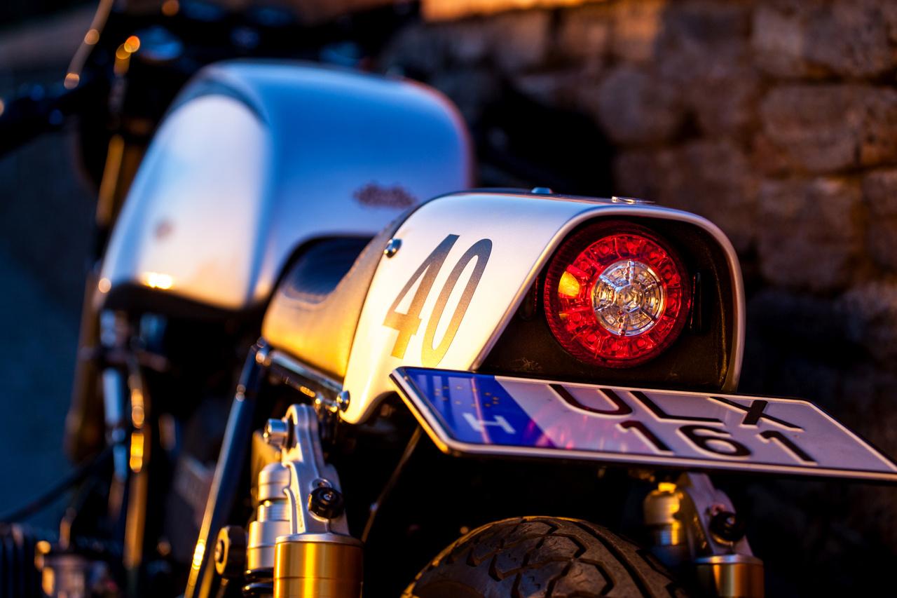Katapult - ez lett a motor neve, egy salföldi kocsma előtt volt a keresztelő.