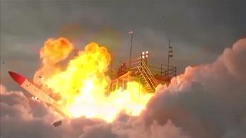 Pillanatok alatt felrobbant a MOMO-2 rakéta