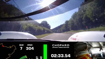 Videón a Porsche nürburgringi rekordja