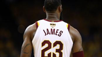 LeBron James valóra váltotta az álmát, a Lakersbe igazolt.