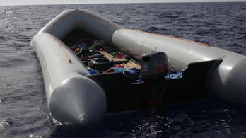 Három nap alatt több mint kétszáz ember fulladt a tengerbe Líbia partjainál