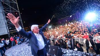 A baloldali Andres Manuel López Obrador nyerhette az elnökválasztást