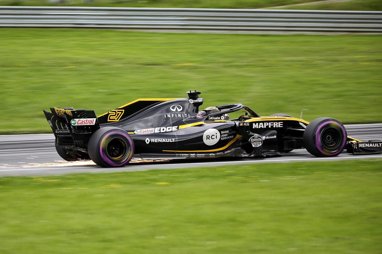 A Renault-nál az Osztrák Nagydíjon elmaradt a tűzijáték, de legalább látványban nem volt hiány, az ő beállításuk is tolta a csillagszórót rendesen