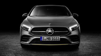 Két hibrid Mercedes A osztály várható