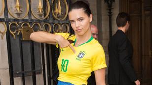 Adriana Lima szexi szurkolói pólóban ment munkába