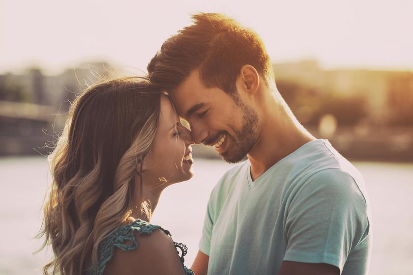 2 néma szerelmi vallomás a férfitól: elárulják érzelmeit, ha nem is mondja ki