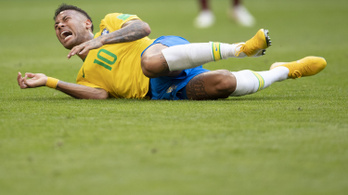 Lemérték, 14 percet fetrengett eddig Neymar