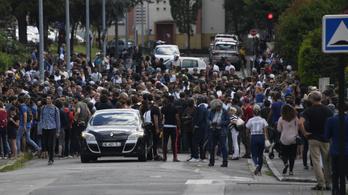 Tovább tüntetnek Nantes-ban, 12 embert vettek őrizetbe