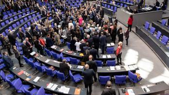 A kínai hírszerzés be akart szervezni egy német kormánypárti képviselőt
