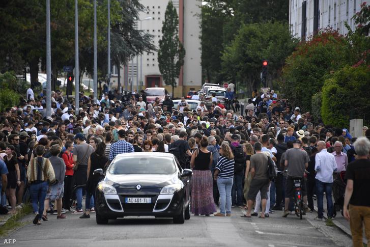 Az eset után tartott tömegdemonstráció Nantesben