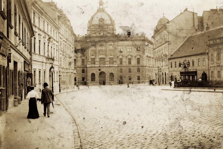 A Dísz tér déli fele a Honvéd Főparancsnoksággal, 1905