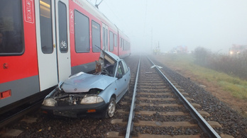 Az ügyészség elé kerül a sínekre hajtó nő esete