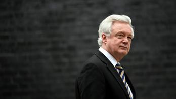 Lemondott a brit brexitügyi miniszter