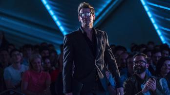 5,5 millió forintos órabérért migránsozott Milo Schmidt Máriáék konferenciáján