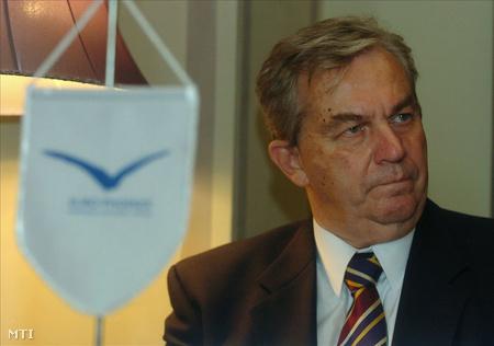 2005-ben, Chikán a Corvinus Egyetem Versenyképesség Központjának igazgatójaként (Fotó: Koszticsák Szilárd)