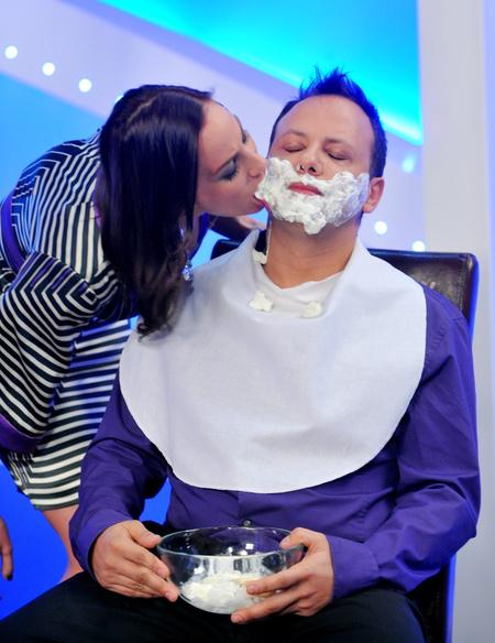 Palácsik és Damu a Mr. és Mrs.-ben