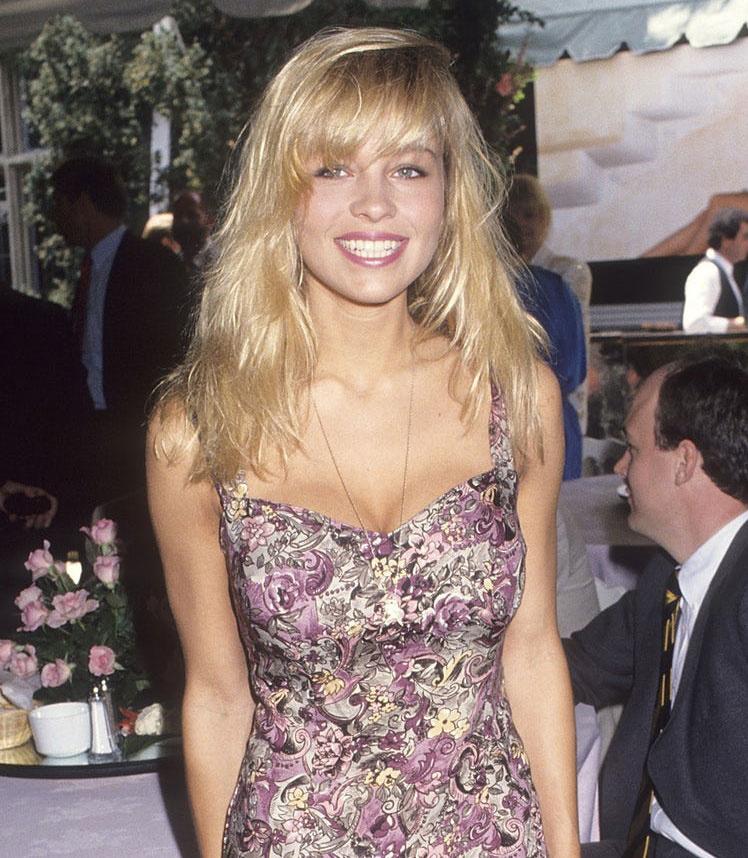 Pamela Anderson 1991-ben még így nézett ki - nagyon bájos, fiatal nő volt, igazi természetes szépség.
