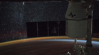 4 órán belül elérte a Nemzetközi Űrállomást az orosz teherűrhajó
