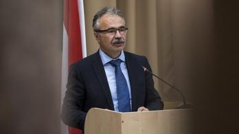A földművelési miniszter nem vadászik Semjén Zsolttal