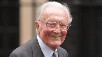 Elhunyt Lord Carrington volt brit külügyminiszter