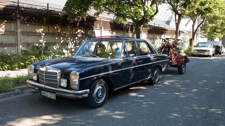 A luxus-stráfkocsihúzó
