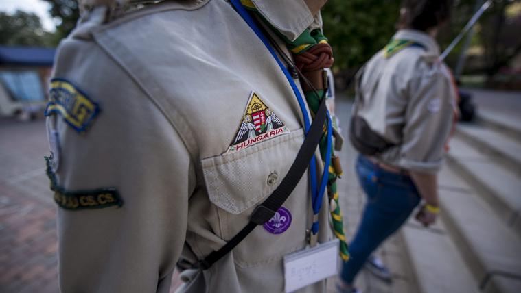 Cserkészek: nem igaz, hogy származásuk miatt nem mehettek a romák a táborba