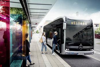 Villanybuszt mutatott be a Mercedes