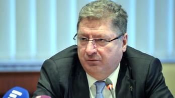Parragh: 75 ezer forint is lehetne a KATA