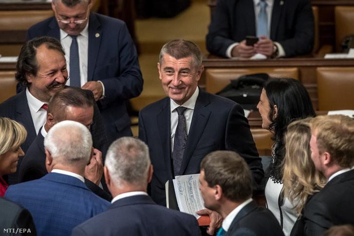Andrej Babis cseh miniszterelnök (k)