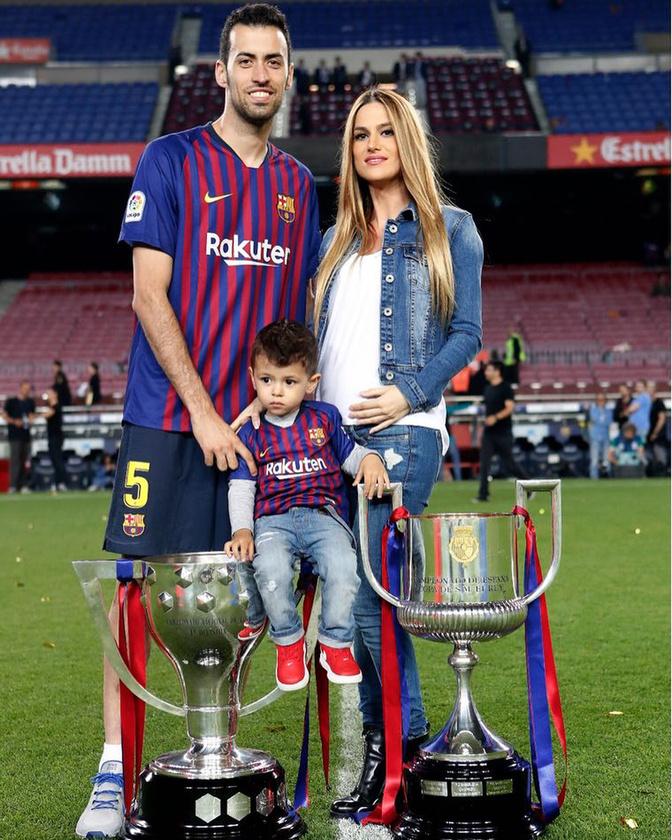 A spanyol válogatott és az FC Barcelona középpályása június 16-án tölti be a harmincat, szóval pláne megérdemli, hogy méltassuk egy kicsit a magánéletét.