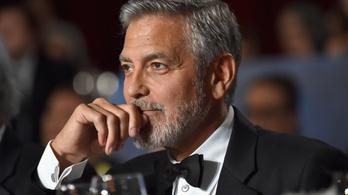 Megszólalt a George Clooney-val ütköző autó sofőrje