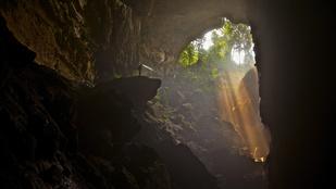 Turisták lephetik el a thaiföldi barlangot