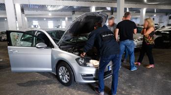 Spanyol autókat honosítottak illegálisan Magyarországon