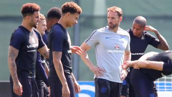 Angol kapitány: Nem tudták a játékosok a középkezdés-szabályt
